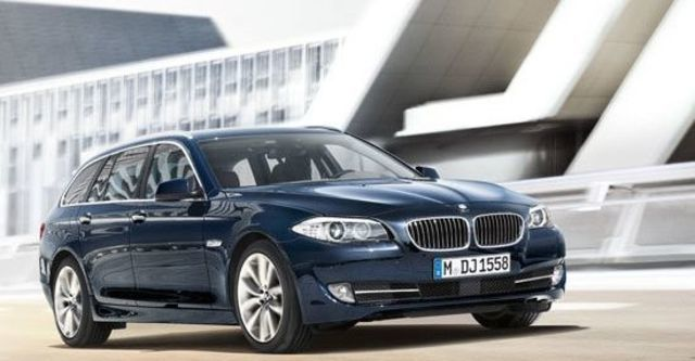 2011 BMW 5-Series Touring 530d  第7張相片