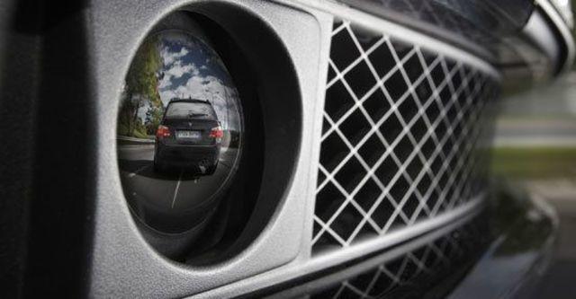2011 BMW 7-Series 750Li  第11張相片