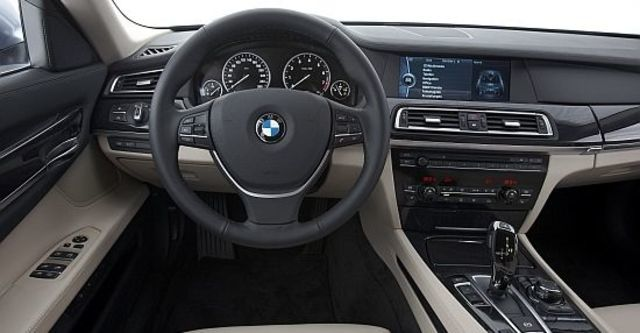 2011 BMW 7-Series ActiveHybrid 7 L  第6張相片