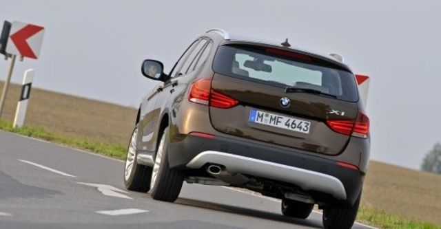 2011 BMW X1 sDrive18i  第3張相片