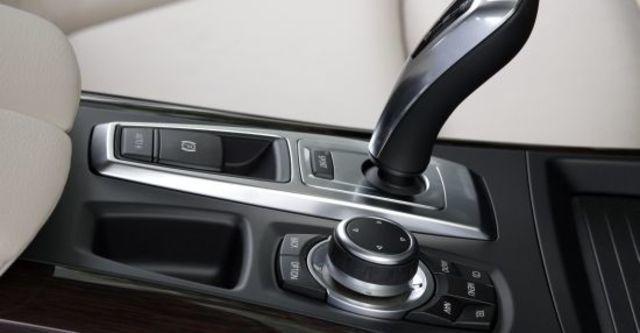 2011 BMW X5 xDrive30d  第8張相片