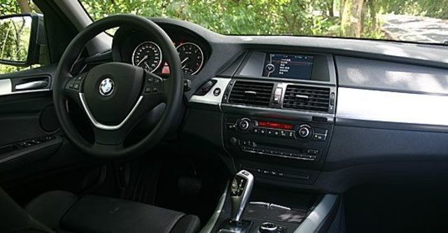 2011 BMW X5 xDrive35i  第10張相片