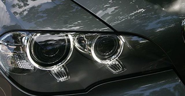 2011 BMW X5 xDrive35i  第11張相片