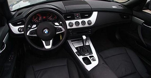 2011 BMW Z4 sDrive23i  第8張相片