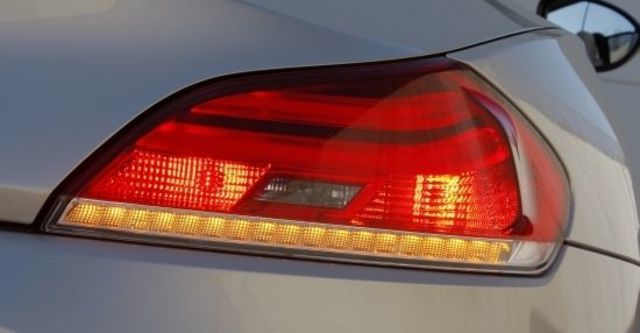2011 BMW Z4 sDrive35i  第7張相片