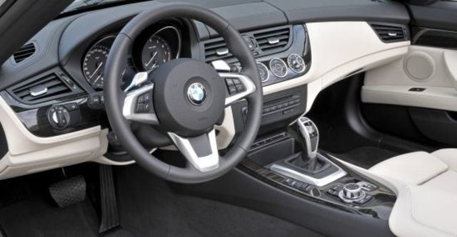 2011 BMW Z4 sDrive35i  第8張相片