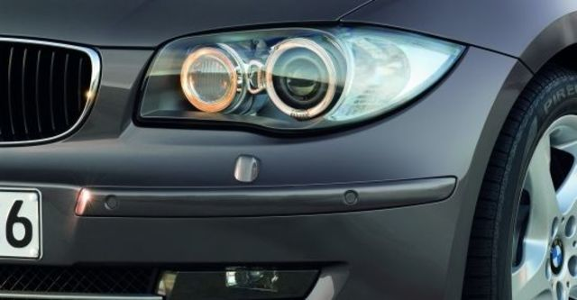 2010 BMW 1-Series 118i  第6張相片