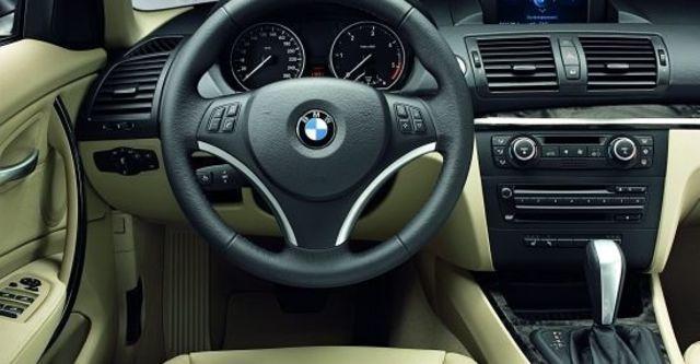 2010 BMW 1-Series 118i  第7張相片
