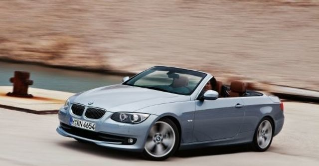 2010 BMW 3-Series Convertible 320i  第1張相片