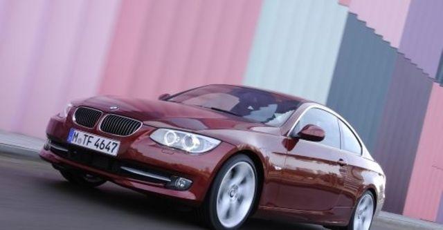 2010 BMW 3-Series Coupe 320i  第1張相片