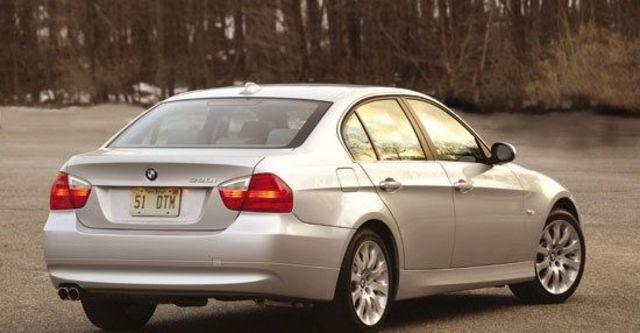 2010 BMW 3-Series Sedan 330i  第10張相片