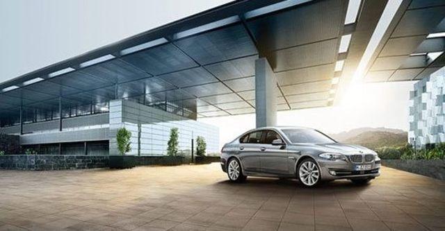 2010 BMW 5-Series Sedan 520d  第1張相片