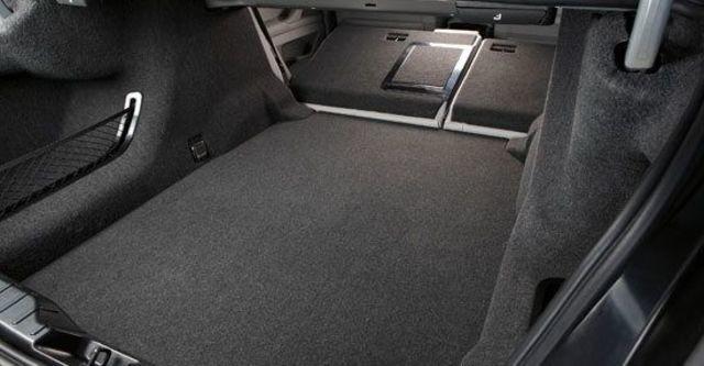 2010 BMW 5-Series Sedan 535i  第10張相片