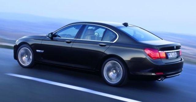 2010 BMW 7-Series 730d  第4張相片