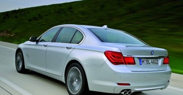 2010 BMW 7-Series 730i  第1張相片