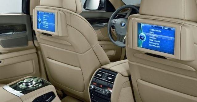 2010 BMW 7-Series 750Li  第8張相片
