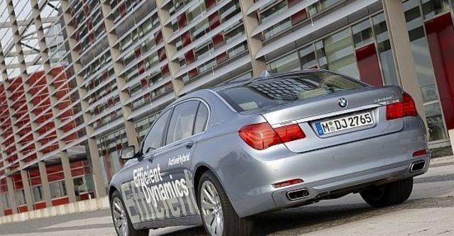 2010 BMW 7-Series ActiveHybrid 7 L  第4張相片