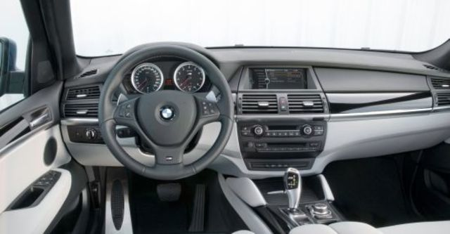 2010 BMW X5 M 4.4  第5張相片