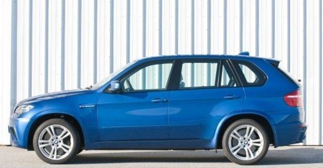 2010 BMW X5 M 4.4  第11張相片