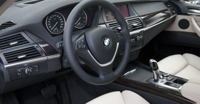 2010 BMW X5 xDrive30d  第7張相片