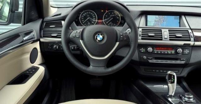 2010 BMW X5 xDrive35i  第6張相片