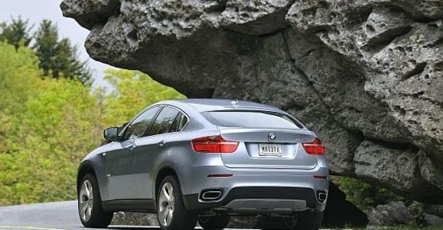 2010 BMW X6 ActiveHybrid  第5張相片