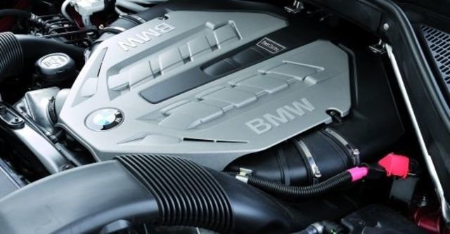 2010 BMW X6 xDrive50i  第10張相片