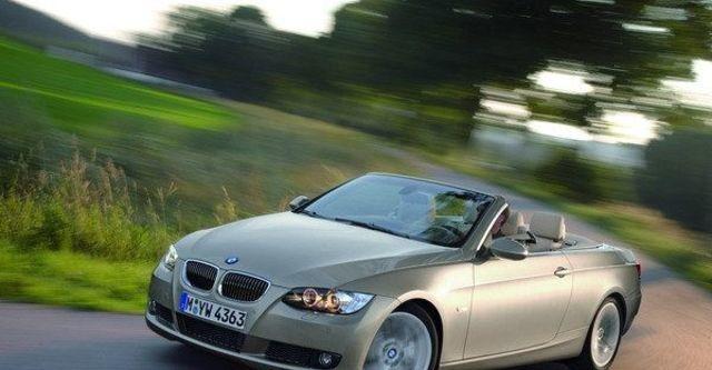 2009 BMW 3 Series Convertible 320i  第5張相片
