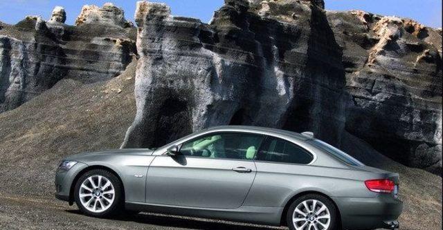 2009 BMW 3 Series Coupe 325i  第4張相片