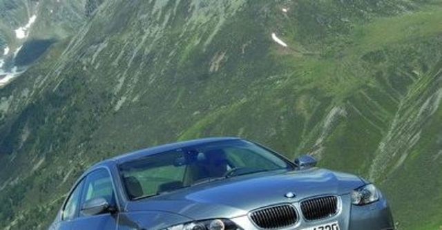 2009 BMW 3 Series Coupe 325i  第5張相片
