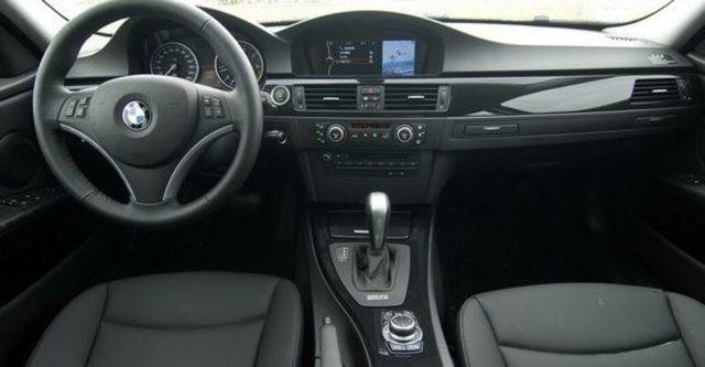 2009 BMW 3-Series Sedan 320i  第4張相片