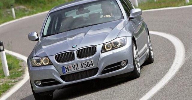 2009 BMW 3-Series Sedan 323i  第1張相片