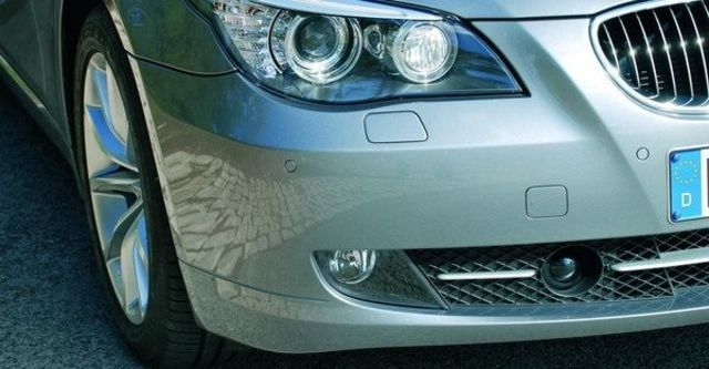 2009 BMW 5-Series 520d  第7張相片