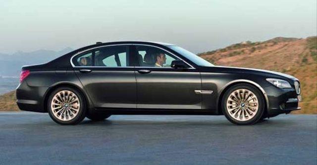2009 BMW 7 Series 730d  第3張相片