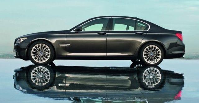 2009 BMW 7 Series 740i  第4張相片
