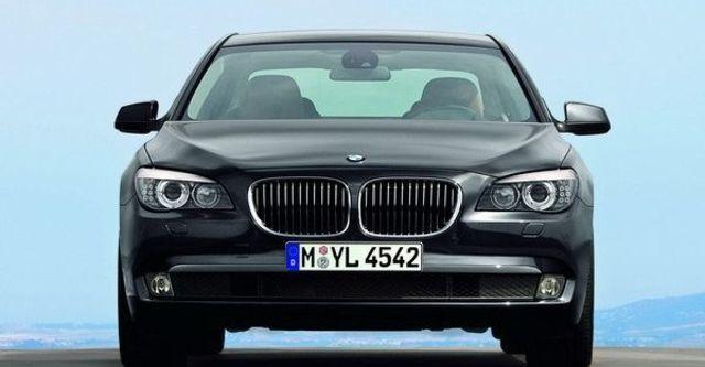 2009 BMW 7 Series 740Li  第3張相片