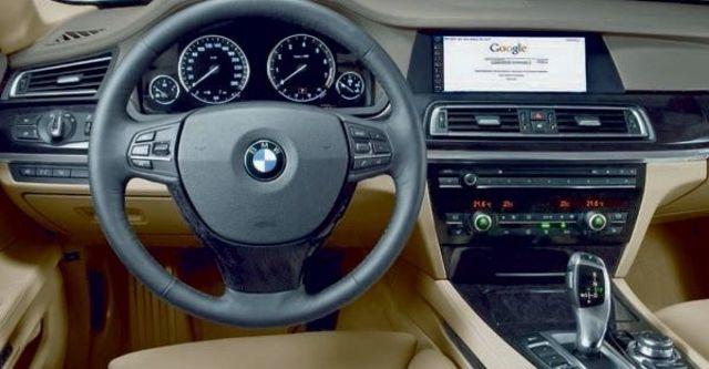 2009 BMW 7 Series 740Li  第8張相片