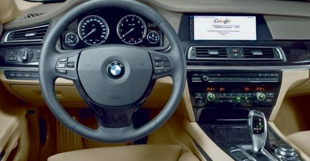 2009 BMW 7 Series 750Li  第8張相片