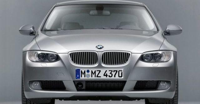 2008 BMW 3 Series Coupe 320i  第9張相片