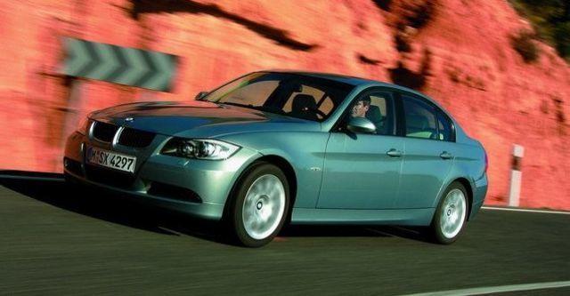 2008 BMW 3 Series Sedan 330i  第7張相片
