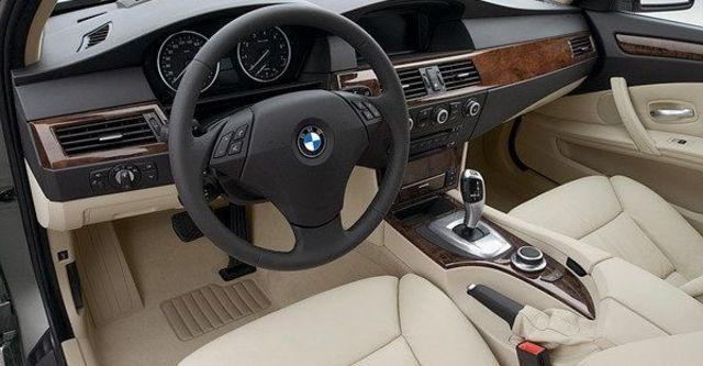 2008 BMW 5 Series 550i  第8張相片