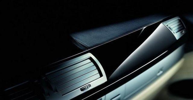 2008 BMW 7 Series 730i  第8張相片