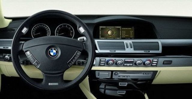 2008 BMW 7 Series 730Li  第10張相片