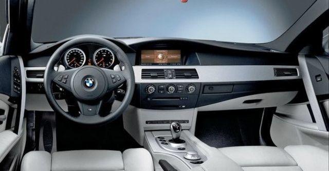 2008 BMW M5 Sedan  第5張相片