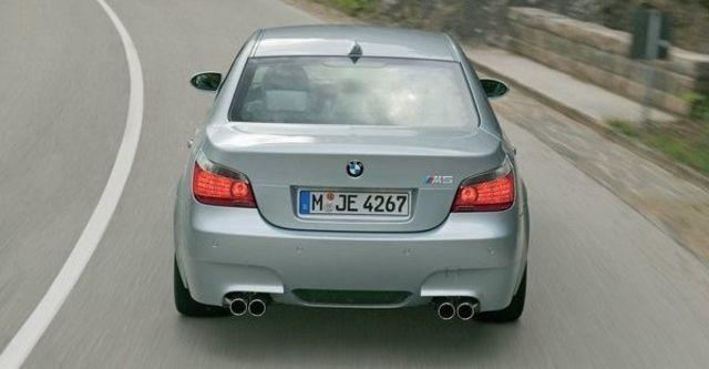 2008 BMW M5 Sedan  第9張相片