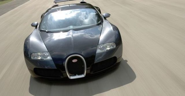 2011 Bugatti Veyron 16.4  第3張相片
