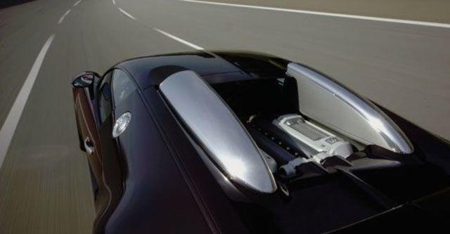 2010 Bugatti Veyron 16.4  第8張相片