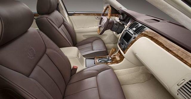2010 Cadillac DTS 4.6 Platinum  第5張相片