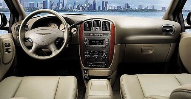 2010 Chrysler Town & Country 3.3 旗艦型  第5張相片