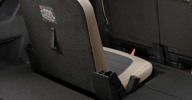 2015 Citroen Grand C4 Picasso 2.0 BlueHDi Premium Pack  第10張相片